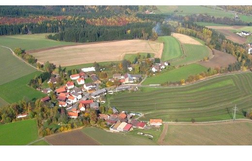 Blick auf den süd-westlich gelegenen Ortsteil Wernersreuth